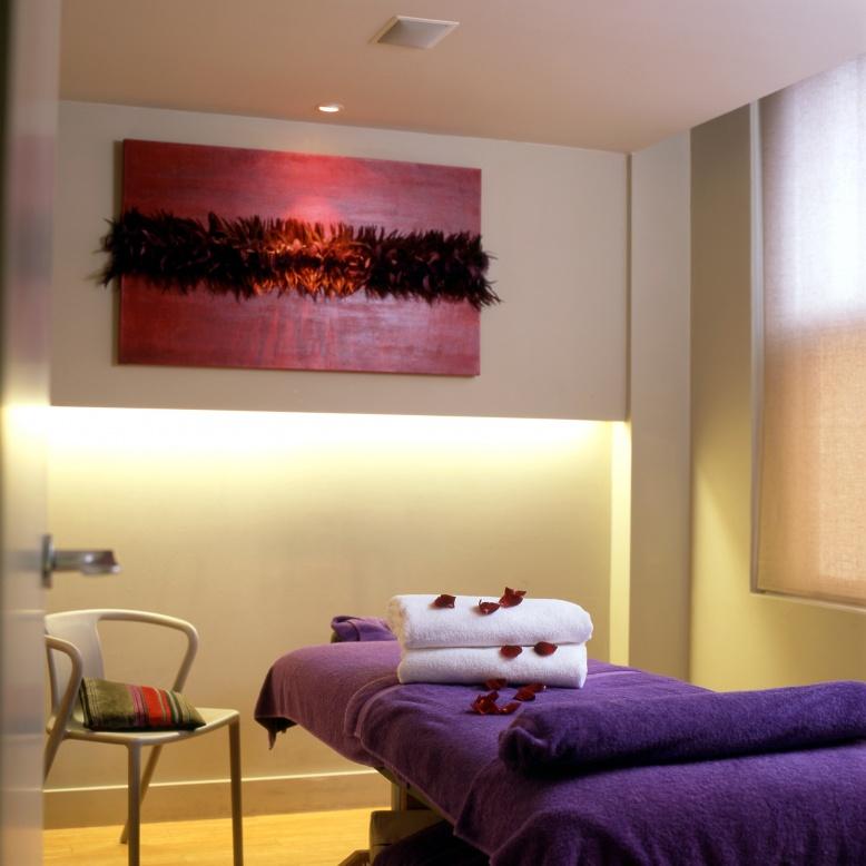 Relax massage_rm