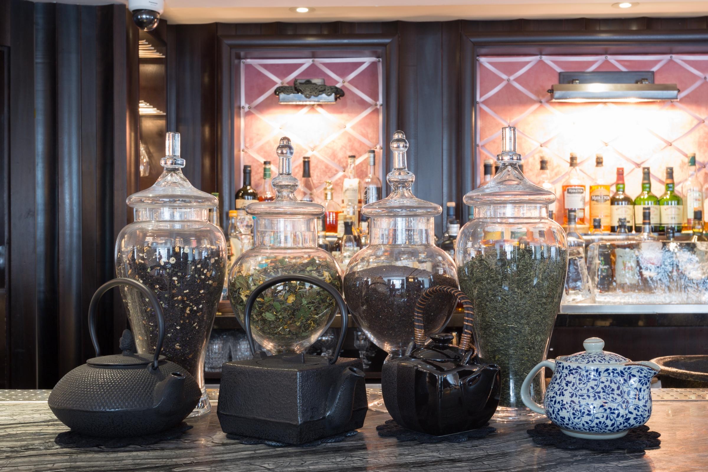 the-luggage-room-low-tea-teas