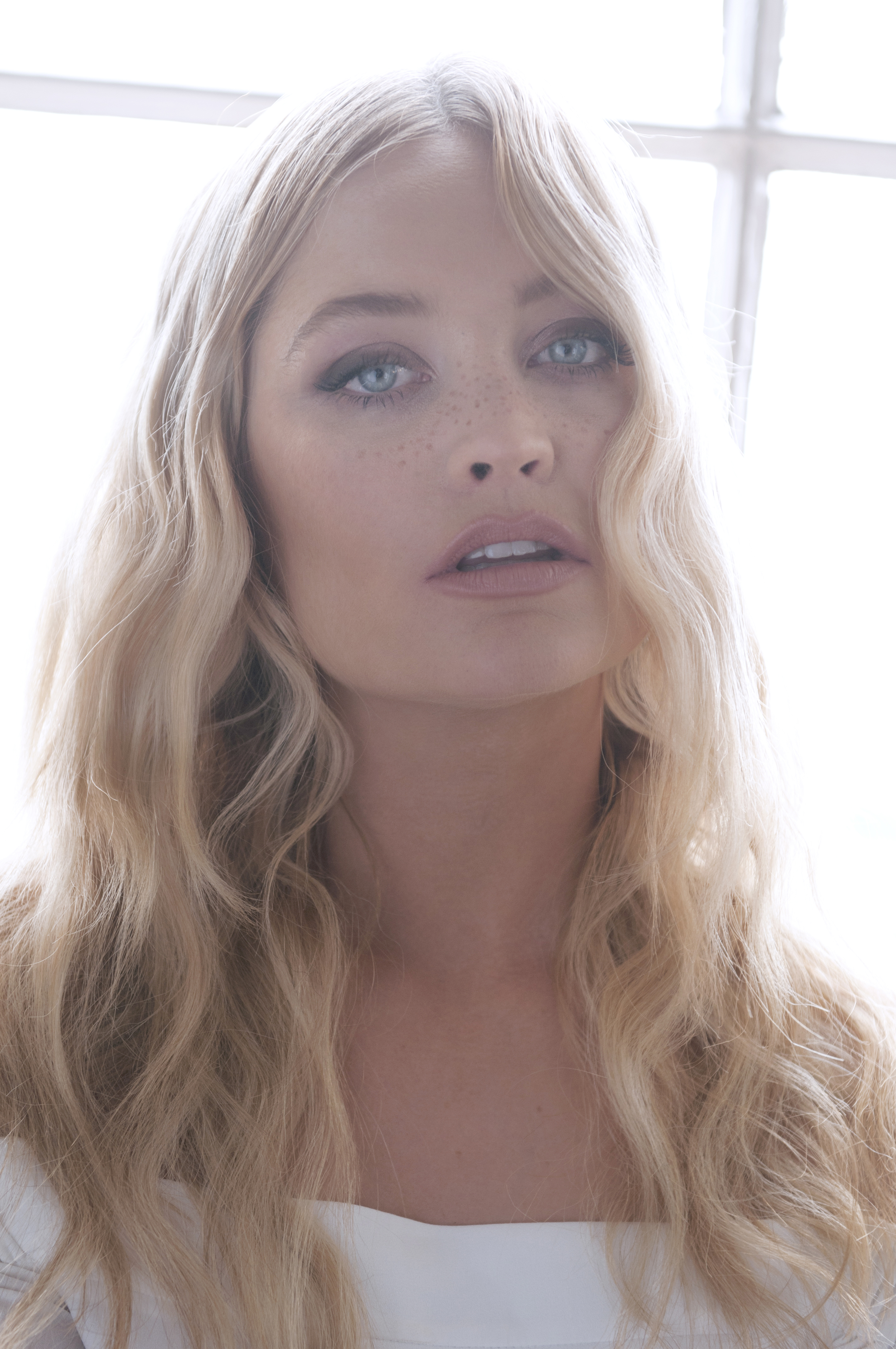 Laura Whitmore: The Truth Behind Social Media