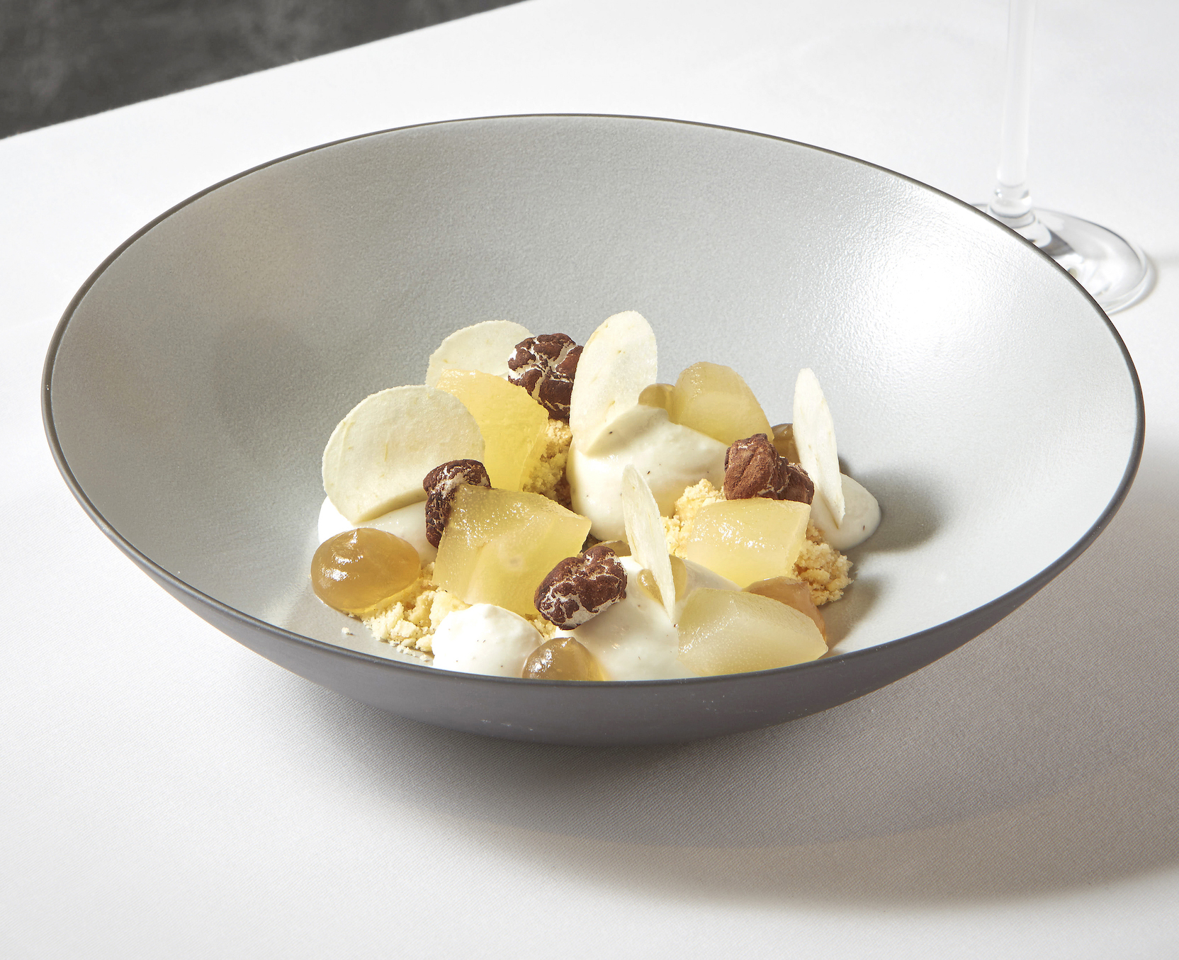 Ricotta cheese and pears, cocoa meringue and passito di Pantelleria jelly copy