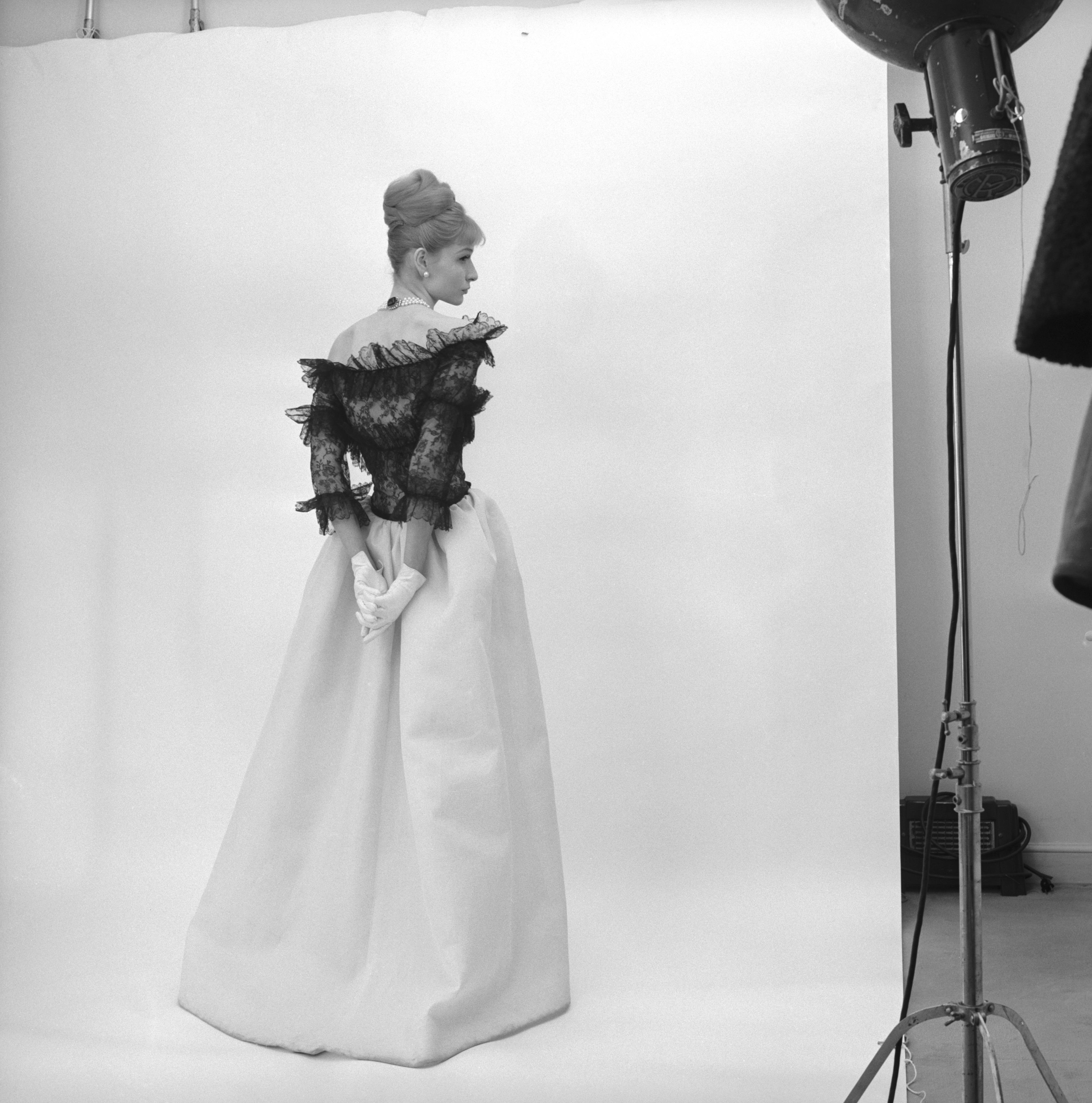 Balenciaga: Shaping Fashion, V&A Museum, London 4