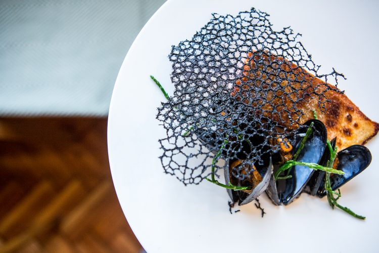 Aside_mussels Vic Frankowski