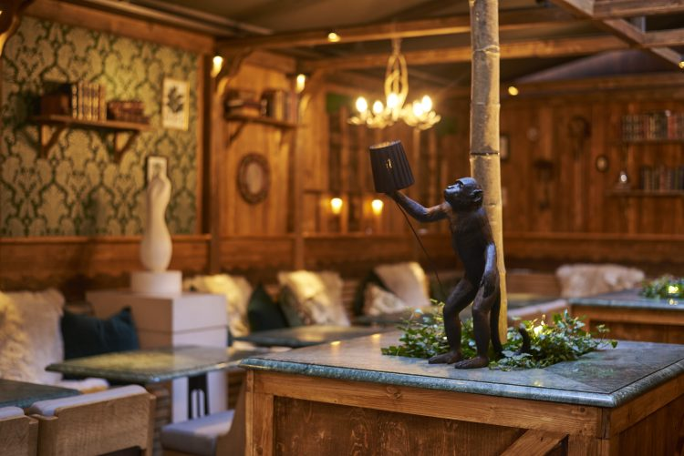 Monkey 47 Winter Lodge, Rosewood London 1
